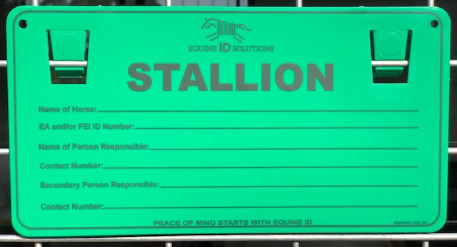 Our reusable ID plate ensures that you Stallion is always easily identifiable.
